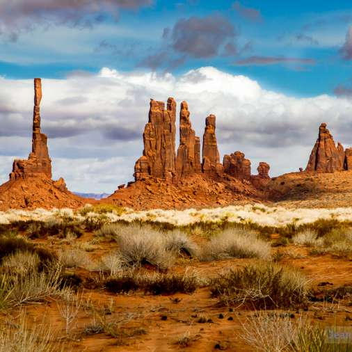 http://Monument-Valley-USA_JeanLucHauser.com-24.jpg